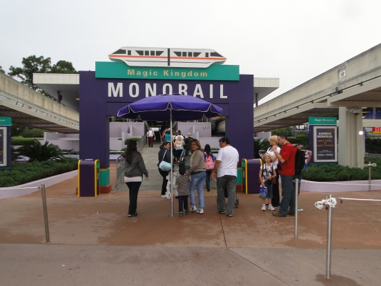 Monorail Disney Magic Kingdom Orlando