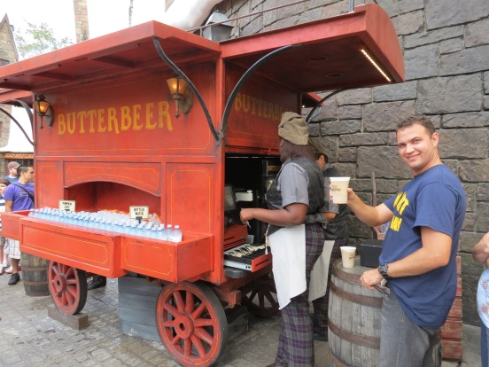Tomamos a famosa Butterbeer Island of Adventure Orlando
