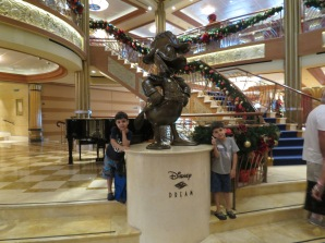Lobby Atrium Disney Dream Disney Cruise line