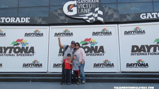 Foto da família do pódio Daytona International Speedway Daytona Beach, Flórida
