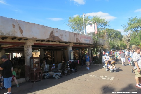 Fachada externa do Tusker House, Animal Kingdom, Disney, Orlando