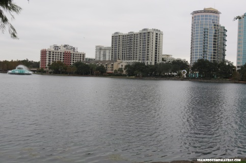 Lake Eola em Downtown Orlando