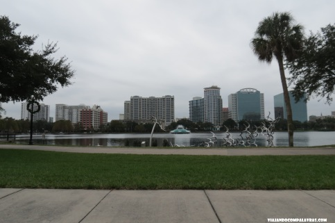 Downtown Orlando, Lake Eola Park