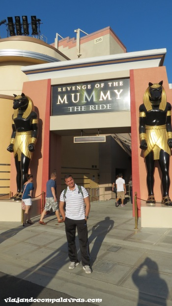 Atração Revenge of the Mummy, a vingança da múmia, no Universal Studios Hollywood
