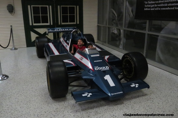 carro de corrida no Hall of Fame no Indianapolis Motor Speedway