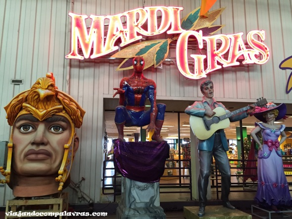 Mardi-gras-world14