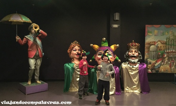 Fantasias do Mardi gras world tour